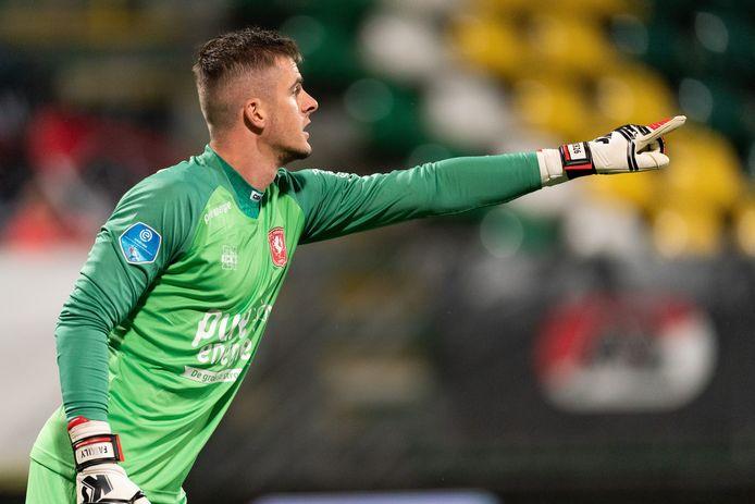 Jorn Brondeel in actie voor FC Twente.