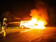 Tiende autobrand in Arnhem in een week tijd