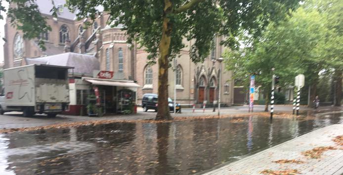 De Groenestraat staat blank.