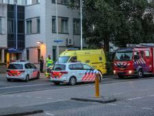 Man overgiet zich met benzine en dreigt zichzelf in brand te steken in Bergen op Zoom