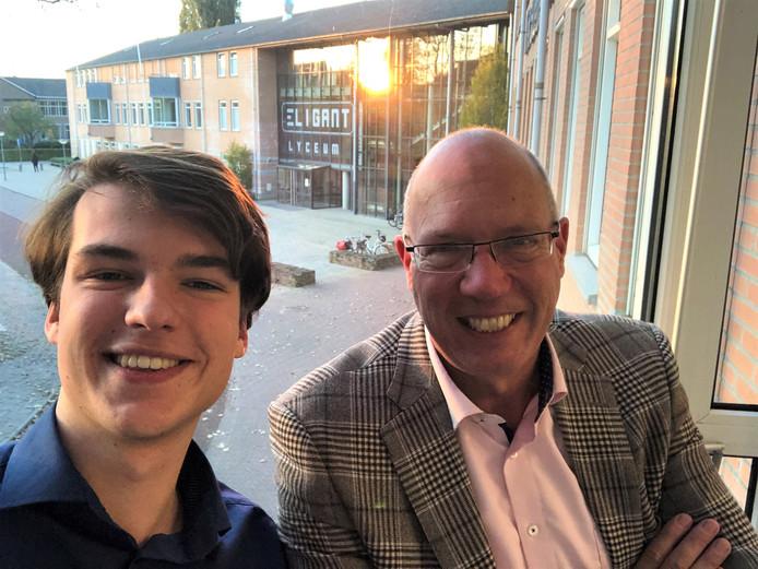 Rector Arnold van Gessel (rechts) en assistent-schoolleider Sem van der Ree van het Eligant Lyceum.