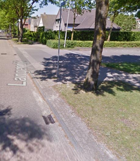 Twee minderjarige jongens trekken man (72) uit het niets van zijn fiets in Tilburg en mishandelen hem