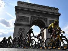 LIVE: Slakkengang naar Parijs, truidragers poseren op kop