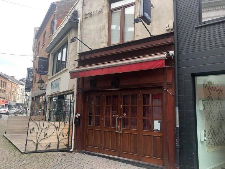 Het café in de Spiegelstraat.