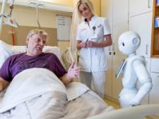 Robot Peppert geen succes in gemeentekantoor IJsselmonde
