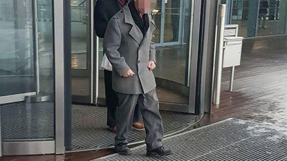 Dorpskapper die klanten voor 2 miljoen euro oplichtte, veroordeeld tot 4 jaar