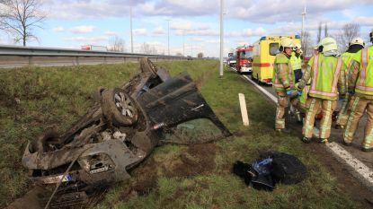 Drie zwaargewonden bij spectaculair ongeval