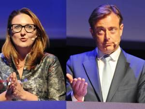 """N-VA et Open VLD s'écharpent sur la place publique: """"Indigne"""""""