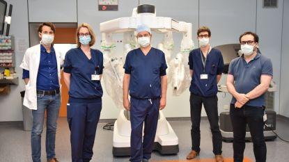 Operatierobot Jan Yperman Ziekenhuis biedt grote voordelen voor patiënt