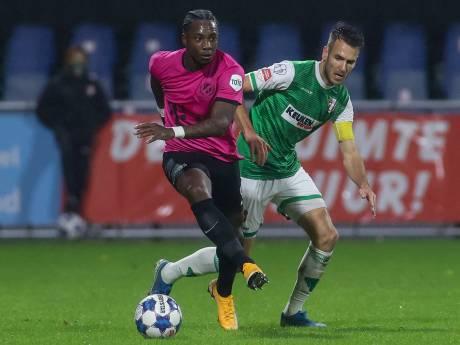 Elia na 'heftig' begin klaar voor meer bij FC Utrecht: 'Ik kan allang in de basis spelen'
