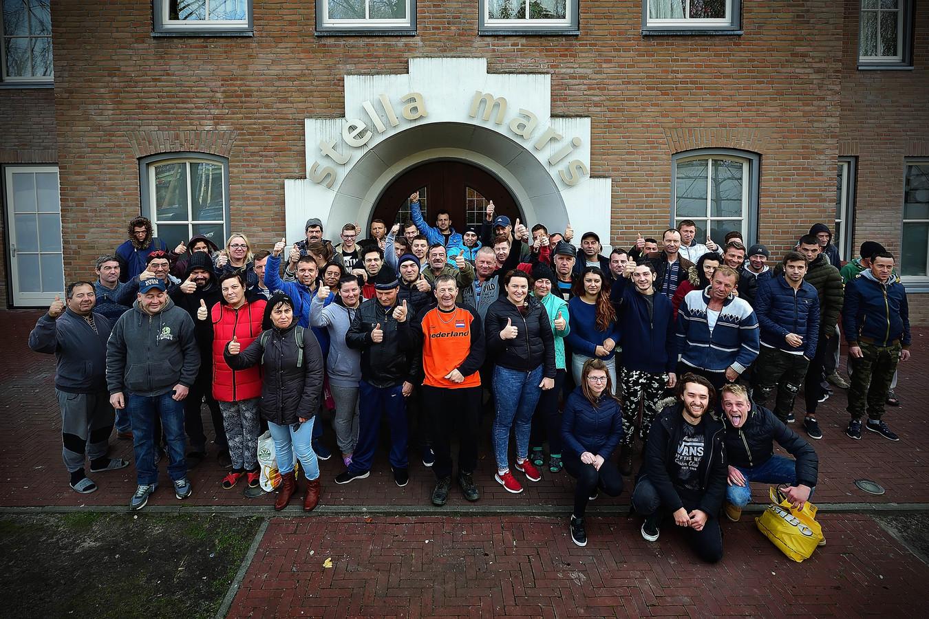 De bewoners van Stella Maris in Welberg: met 400 bedden de grootste huisvestingsaccommodatie voor arbeidsmigranten in West-Brabant.