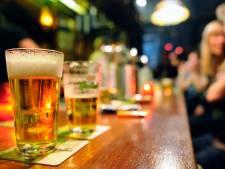 Binge drinken: een kwart van de Friese jongeren doet het