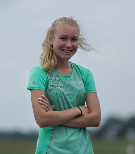 Famke Heinst net niet op podium op NK atletiek voor jeugd