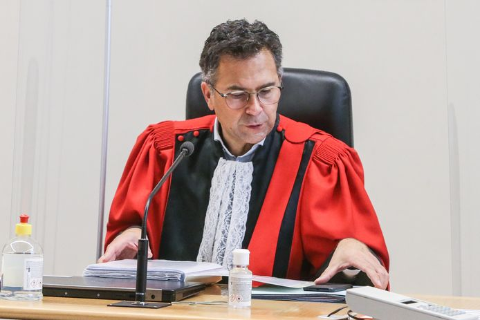 Peter Hartoch verhoort vandaag beschuldigde Roger Putseys.