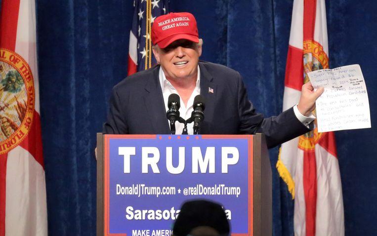Donald Trump tijdens een campagnebijeenkomst in de Amerikaanse staat Florida. Beeld epa