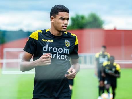 Zegen voor Sloetski: Doekhi heelhuids terug bij Vitesse