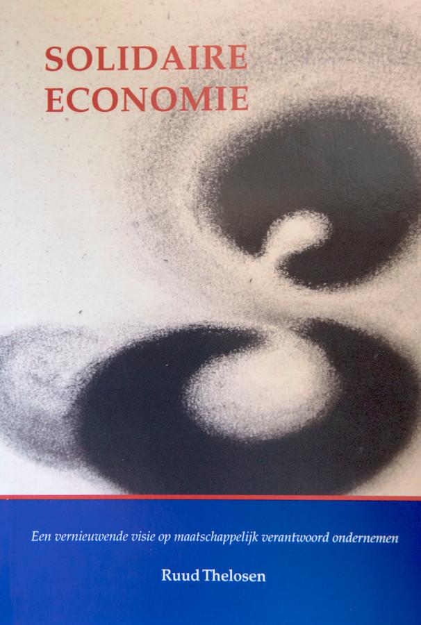 Eindhoven - Ruud Thelosen schreef het boek Solidaire Economie