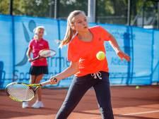 'Op de tennisbaan is elke speler betrokken'
