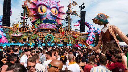 FOTOREEKS. 17.000 feestvierders uit de bol op elrow Town op Antwerpse Linkeroever