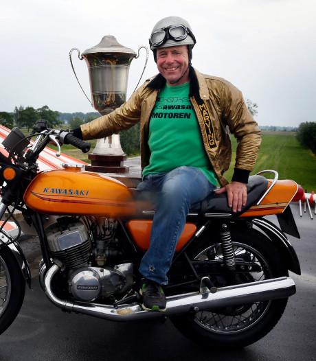 Motordealer Bikker doet nieuwe gooi naar record