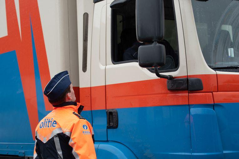 Een politiecontrole tijdens de Verkeersveilige Dag in Oost-Vlaanderen.