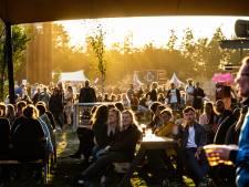 Openluchtfestivals openen met beperkt aantal bezoekers