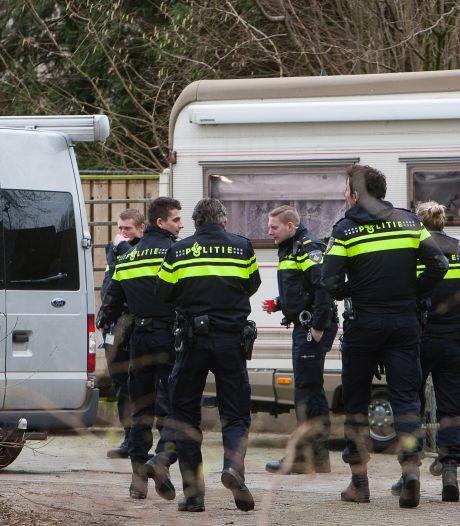 Mannen uit Deventer voor verboden wapenbezit voor rechter: 'Bedrijf gaat kapot als ik weer de cel in moet'