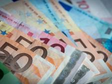 Man uit Vaassen steelt geld van ouders om wit voetje te halen