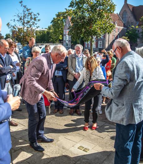 Stolpersteine aan Thorbeckegracht in Zwolle voor omgebrachte Joden