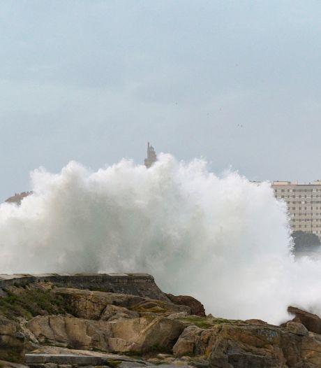 Na Ciara komt storm Dennis: komend weekend is het weer raak