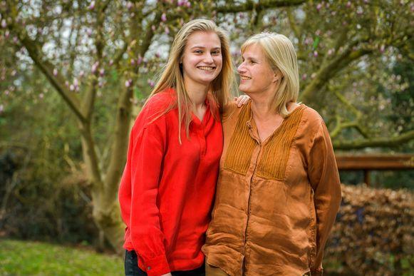 Nina en haar mama Annelies Lafleur.