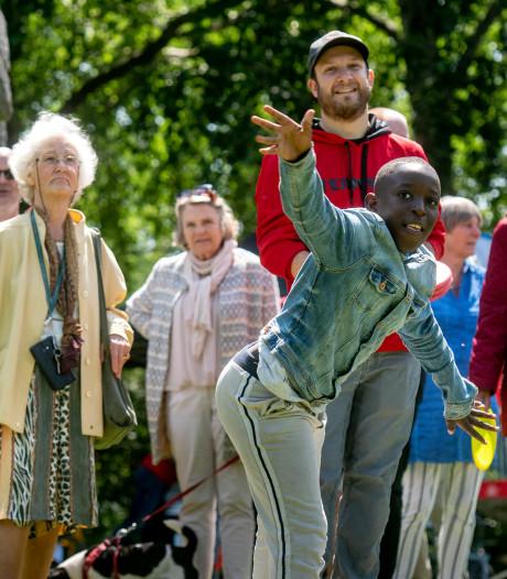Immerloopark in Arnhem Zuid is omgetoverd tot 'discgolfpark': hindernisbaan met bomen en plassen
