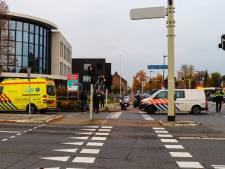 Scooterrijder gewond bij aanrijding op kruising Deventerstraat-Wapenrustlaan in Apeldoorn