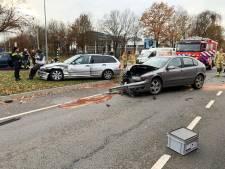 Vier gewonden bij kop-staart-botsing in Eindhoven
