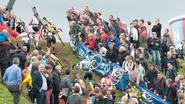 Veldritfans zorgen voor sfeer op Hotondcross