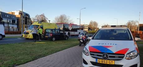 En wéér botsen auto en fietser op beruchte kruising in Barneveld