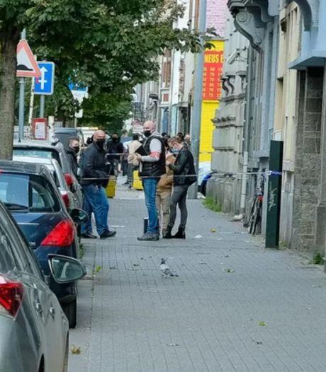 Un homme tente d'étrangler sa femme avant de se suicider à Molenbeek