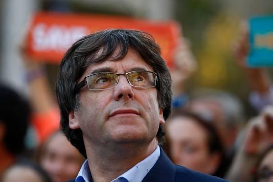 Ook de Catalaanse president Carles Puigdemont is bij de demonstratie in Barcelona.
