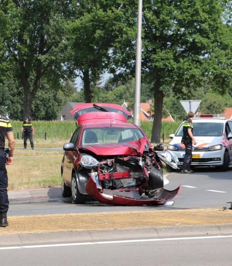 Twee gewonden bij eenzijdig ongeval in Oldenzaal