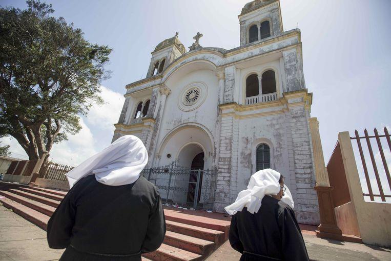 De San Sebastian basiliek in Diriamba was een van de kerken die zondag werd aangevallen door pro-regeringsgroepering.