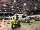Na de reddingsoperatie moest de helikopter volledig gedesinfecteerd worden om het coronavirus weg te houden uit de basis.