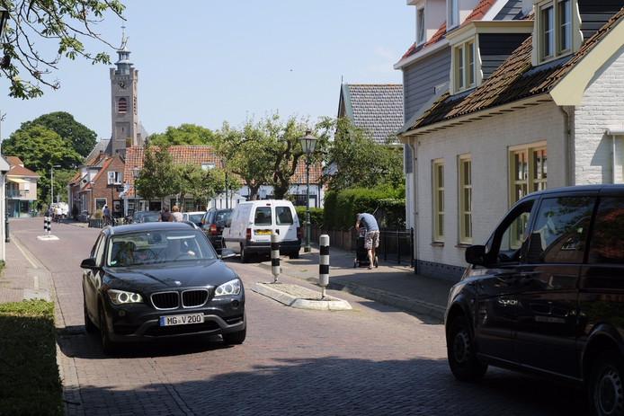 Doorgaand autoverkeer tussen Burgh en Haamstede moet binnen een aantal jaar tot het verleden horen.