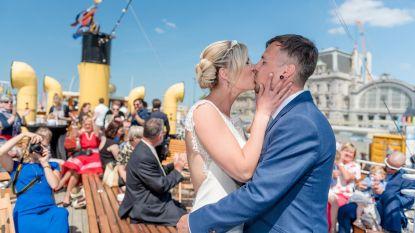 Vooral veel bekijks voor...huwelijksbootje