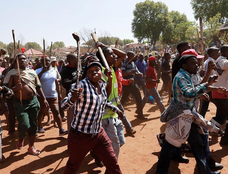 Afgelopen zondag waren in Johannesburg weer aanvallen op migrantenwinkeltjes. Daarbij vielen twee doden. Een week eerder vielen er tien doden.   Beeld AP
