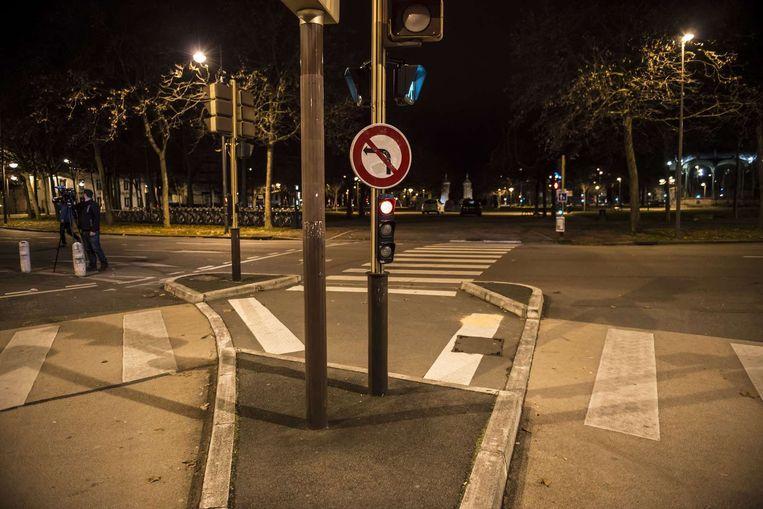 De plek waar een man op een groep mensen inreed in Dijon.