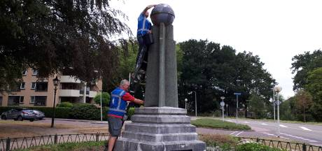 Bespiegelingen over Esperanto Monument Bergen op Zoom