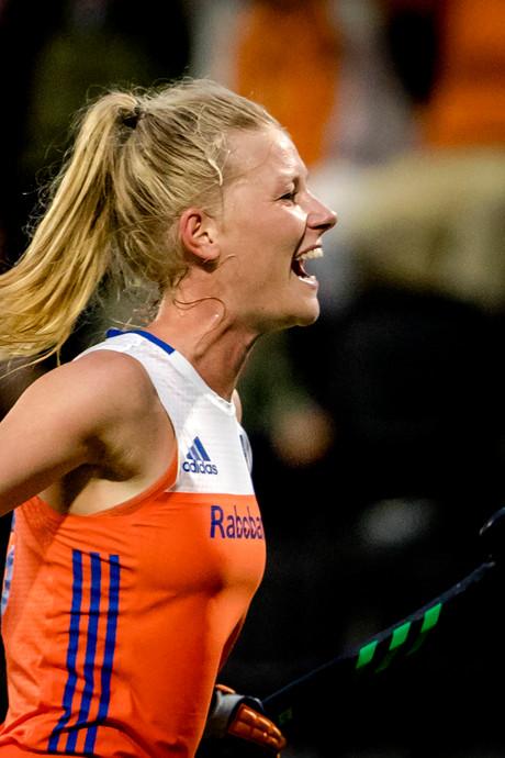 Nederland is groepswinnaar na derde zege op rij