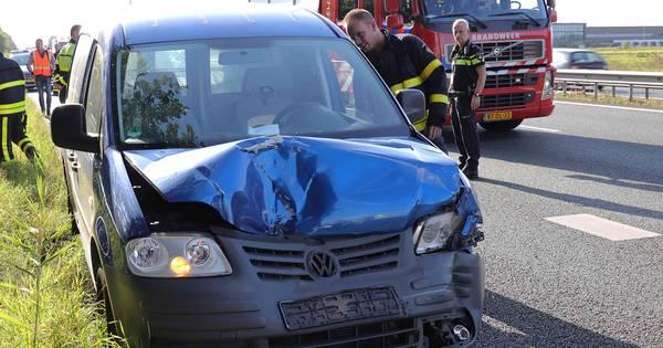 Man gewond naar ziekenhuis na ongeval op A59 bij Waalwijk.