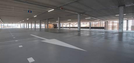 Zeeën van ruimte in parkeergarage, parkeerdruk elders in Zutphen
