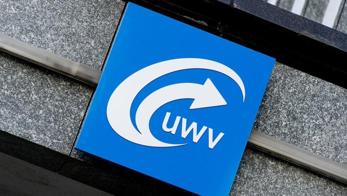 Storing legt website UWV plat